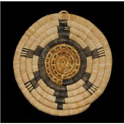 """Hopi 2nd Mesa Basketry Tray ca. 1920 with Turtle Motif 8"""" D.  Good Condition"""