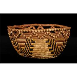 """Cowlitz Fully Imbricated Basket ca. 1900 with Quail and Chevron Pattern 8"""" D. 4"""" H.  Fine Condition"""