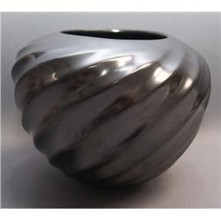 MATA  ORTIZ POTTERY JAR