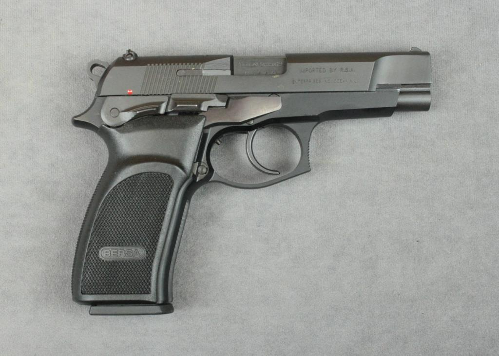 Bersa Thunder 9 Model DA semi-auto pistol, 9mm cal , 4-1/4