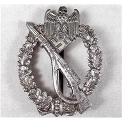 GERMAN NAZI BADGE - UNMARKED