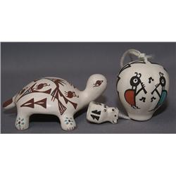 TWO PIECES OF ACOMA OF POTTERY