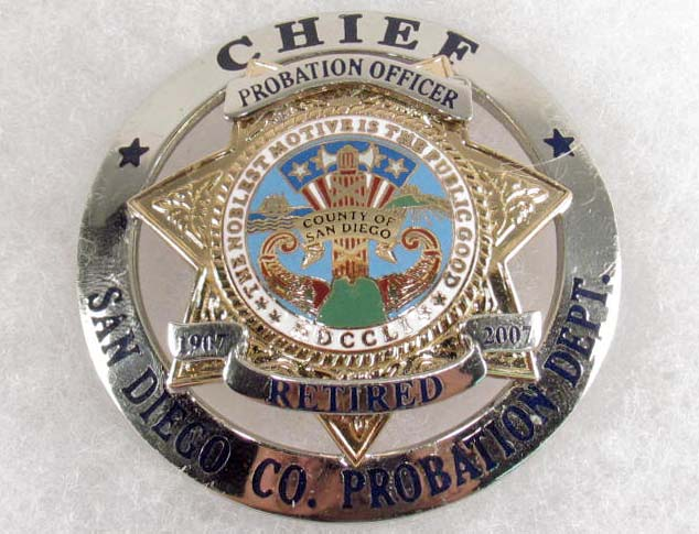 SAN DIEGO COUNTY CHIEF PROBATION DEPARTMENT RETIRED POLICE OFFICER LAW BADGE