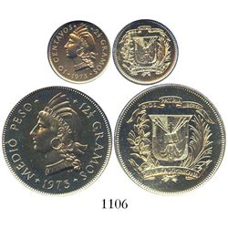 Proof set of one 1/2 peso and one 10 centavos (both copper-nickel), 1973, made by London Royal Mint,
