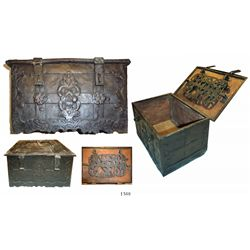 """Small """"Nuremburg"""" chest, early 1600s(?), with original key. *"""