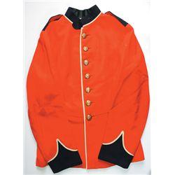 circa 1900: British Army other ranks' full dress tunic
