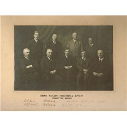 Rugby: 1923-24 Irish Rugby Football Union Committee autographed photograph