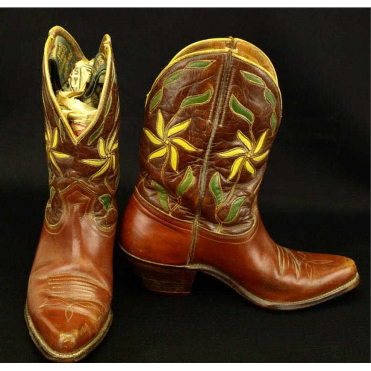 a5f4124e5f1 Vintage pair cowboy boots marked Ranger Boot Co.