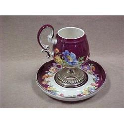 Continental porcelain cabinet cup and sauce