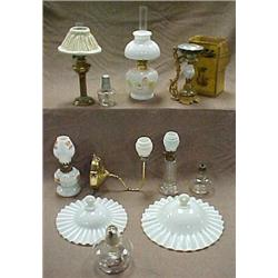 Miniature oil lamp collection incl.