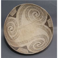 PUERCO POTTERY BOWL