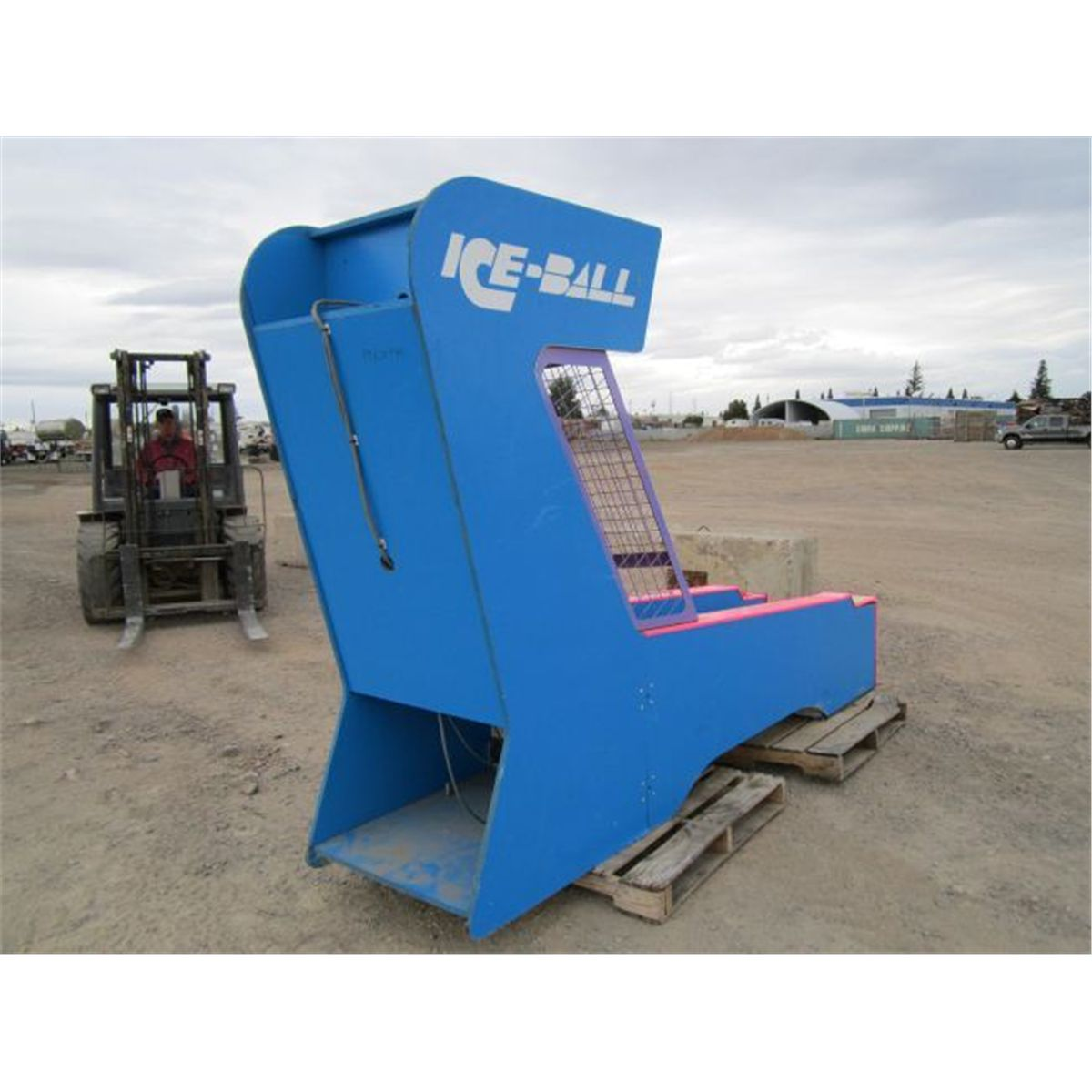 Coin Operated Ice Ball Skee Ball Machine