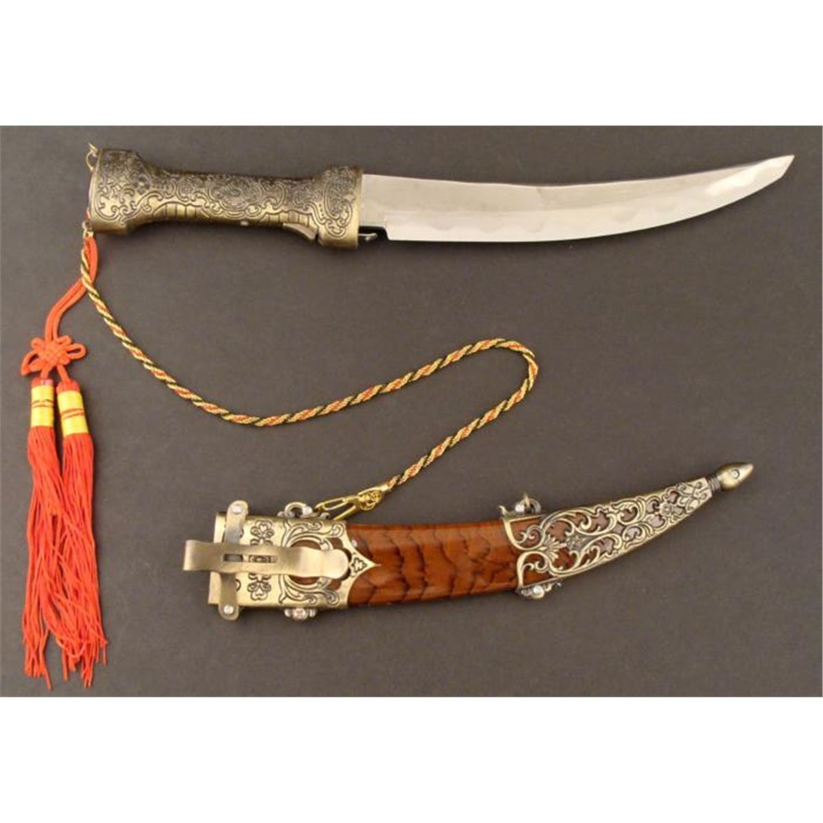 ASIAN/INDIA ORNATE DAGGER-CURVED-STEEL CHINESE BLADE