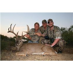 Once-in-a-lifetime whitetail deer hunt with war heroes Marcus Luttrell and Scott O'Grady in SE Texas