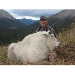 12-day Mountain Caribou and Mountain Goat hunt for one hunter in British Columbia - includes trophy