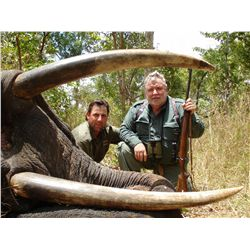 Credit for 10 hunting days for one hunter in the Selous area of Tanzania