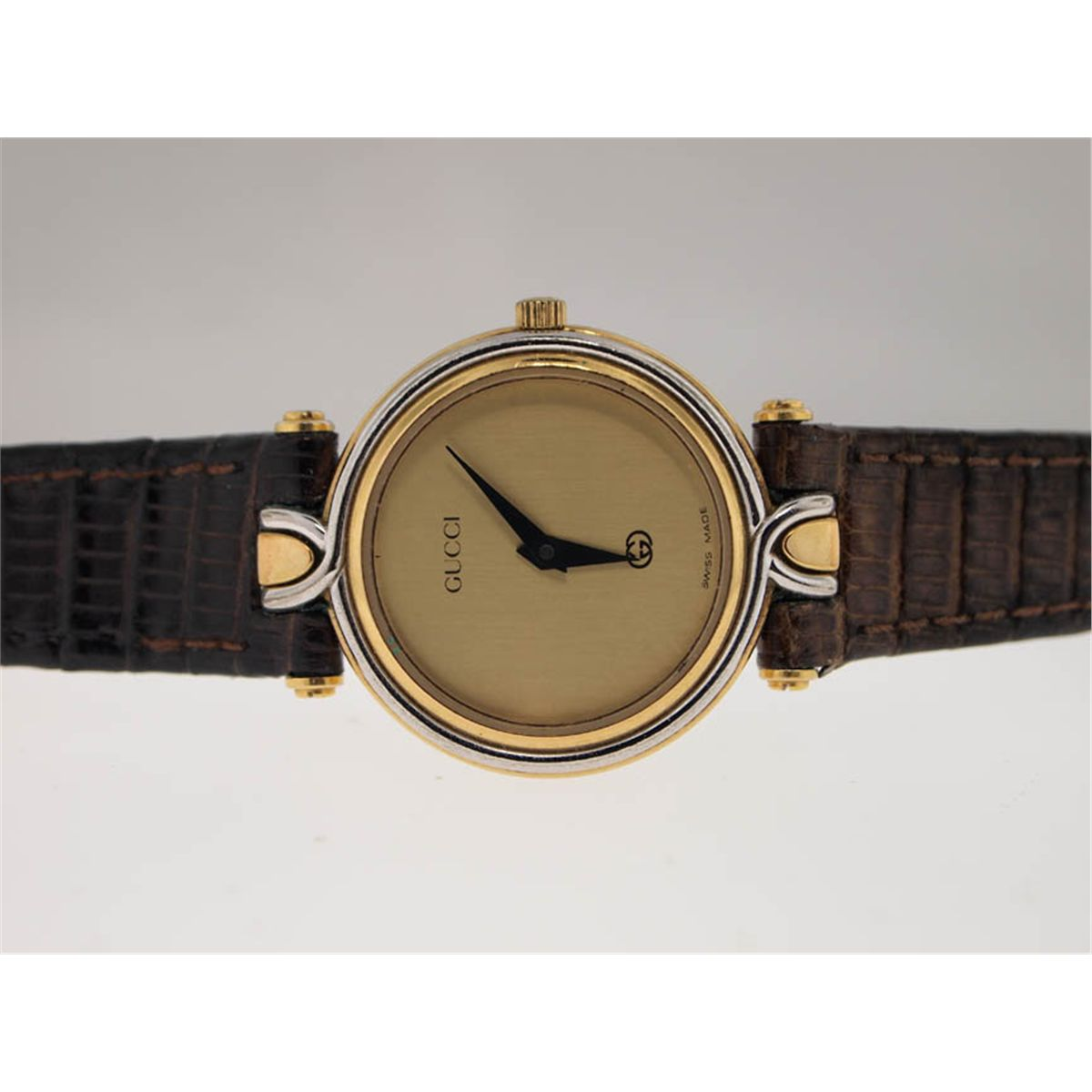 141a3a9f2 Image 1 : Gucci Ladies Watch with Leather Strap.