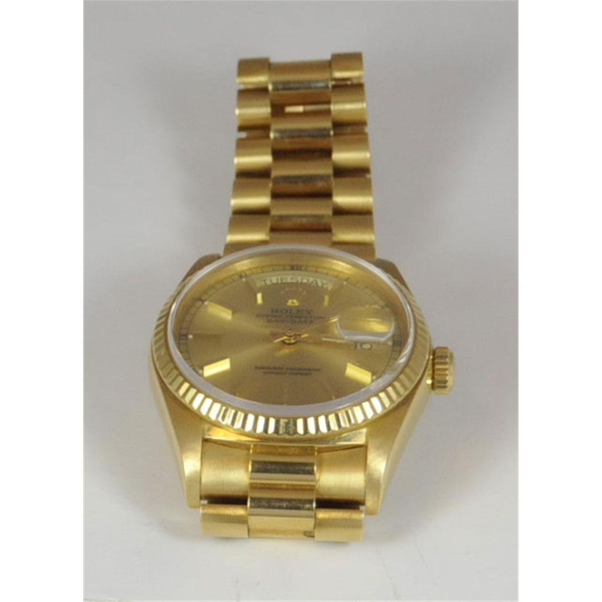 18kt yellow gold men\u0027s Rolex watch