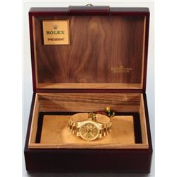 Men's 18k Yellow Gold Rolex Oyster Watch