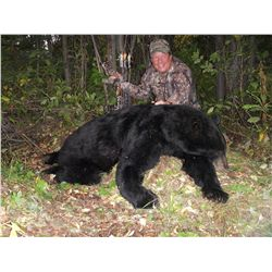 SPRING MOUNTAIN BLACK BEAR HUNT ~ BABINE GUIDE OUTFITTERS / TUKII LODGE