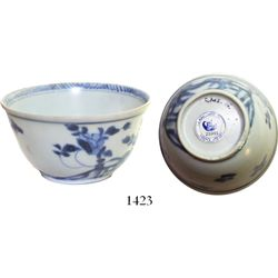 """Chinese blue-on-white porcelain teacup, K'angxi, floral design, intact.  43.2 grams, 2-3/4"""" in diame"""