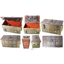 """Large iron Nuremburg (""""Armada"""") chest (late 1500s to mid-1600s), with inner box and original keys (o"""