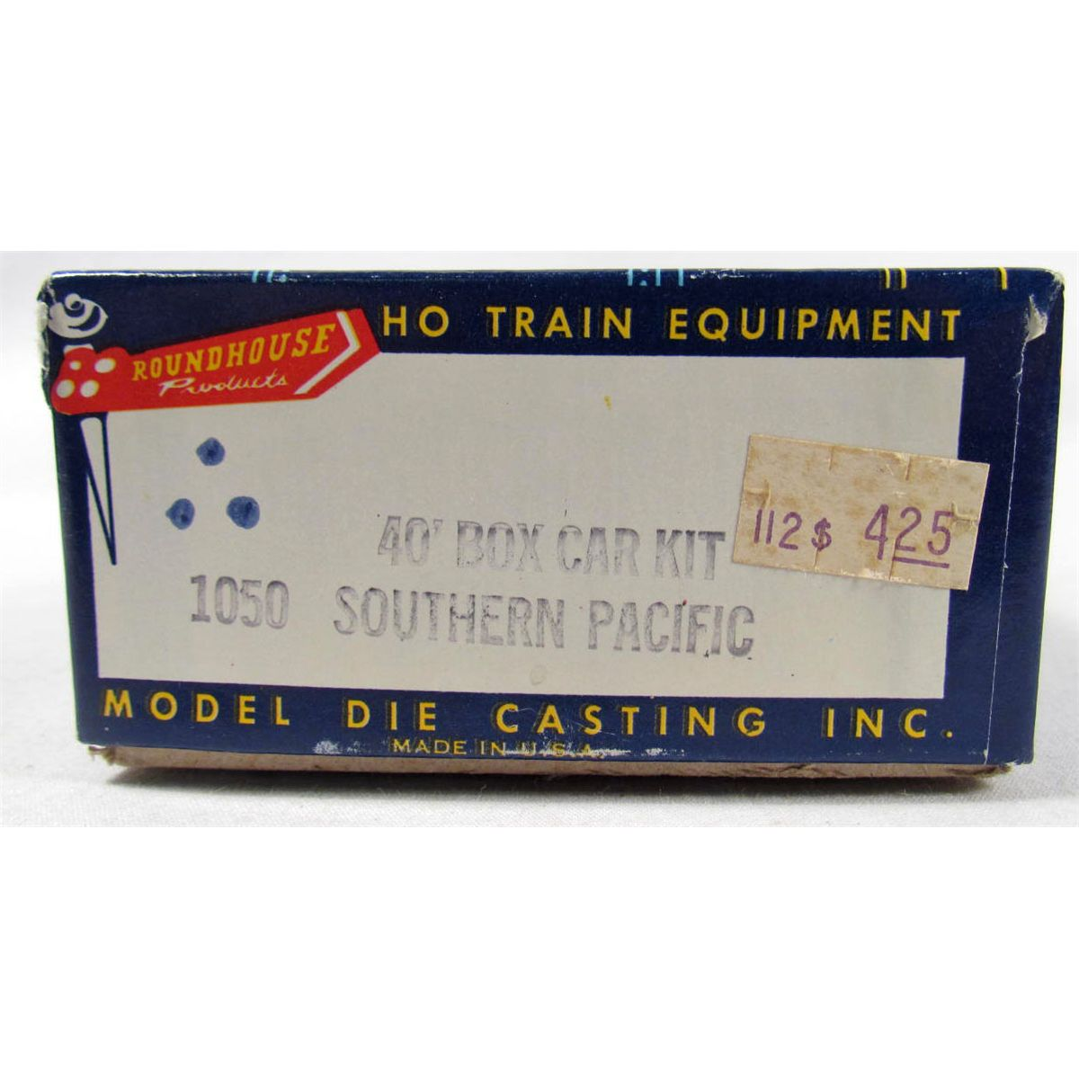 VINTAGE SOUTHERN PACIFIC TRAIN CAR - ROUNDHOUSE PRODUCTS - HO SCALE