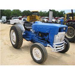 FORD 2000 FARM TRACTOR