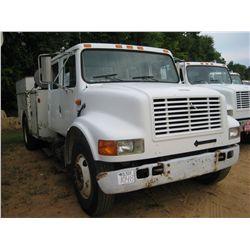 1996 INTERNATIONAL 4700 S/A SERVICE TRUCK