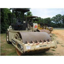 INGERSOLL RAND SD100 PRO PAC VIBRATORY ROLLER