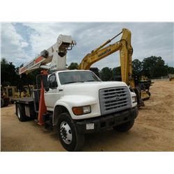 1997 FORD F800 S/A BOOM TRUCK