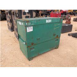GREEN LEAF TOOLBOX W/HYDRAULIC HOSES