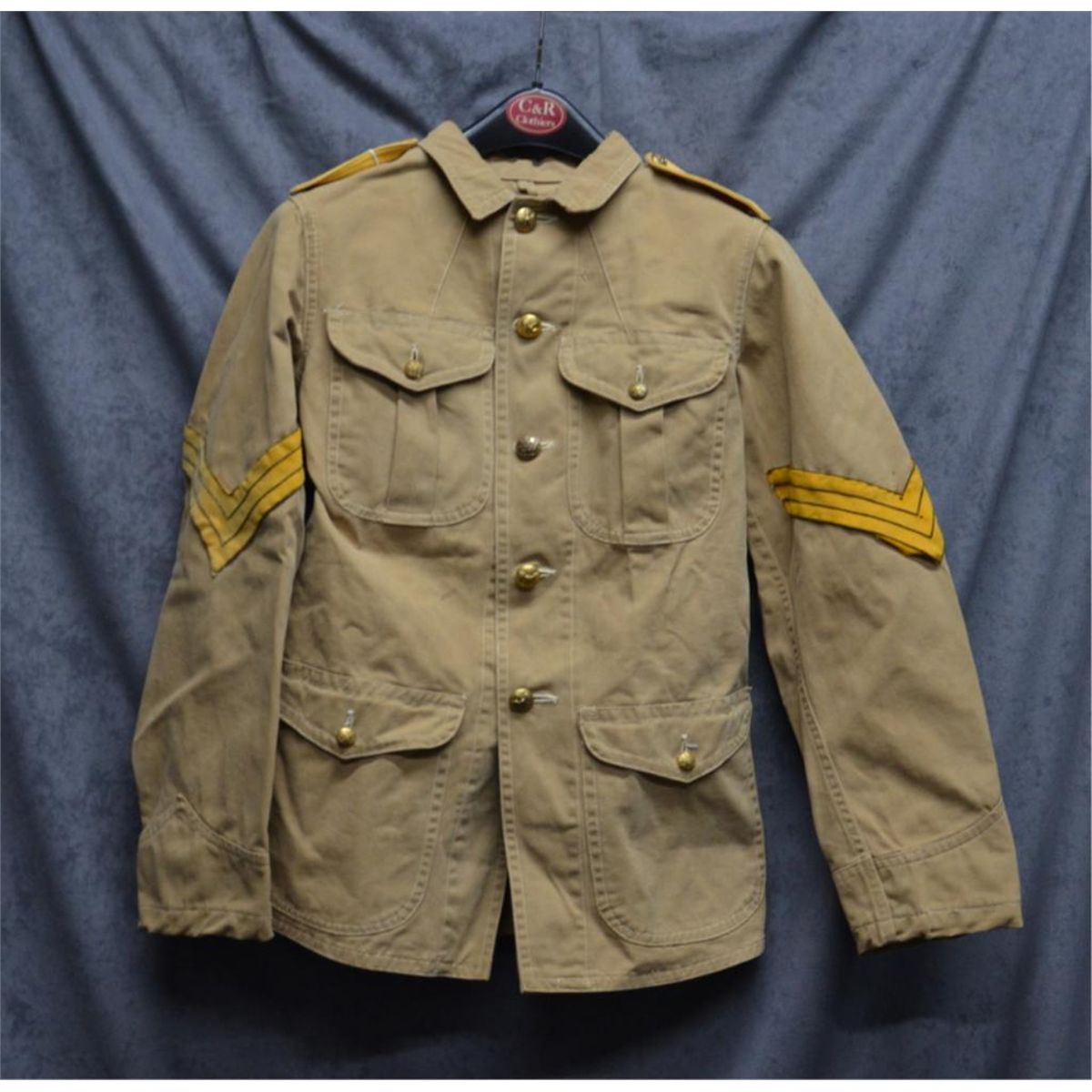 U S  military tunic short jacket with brass buttons and Sgt
