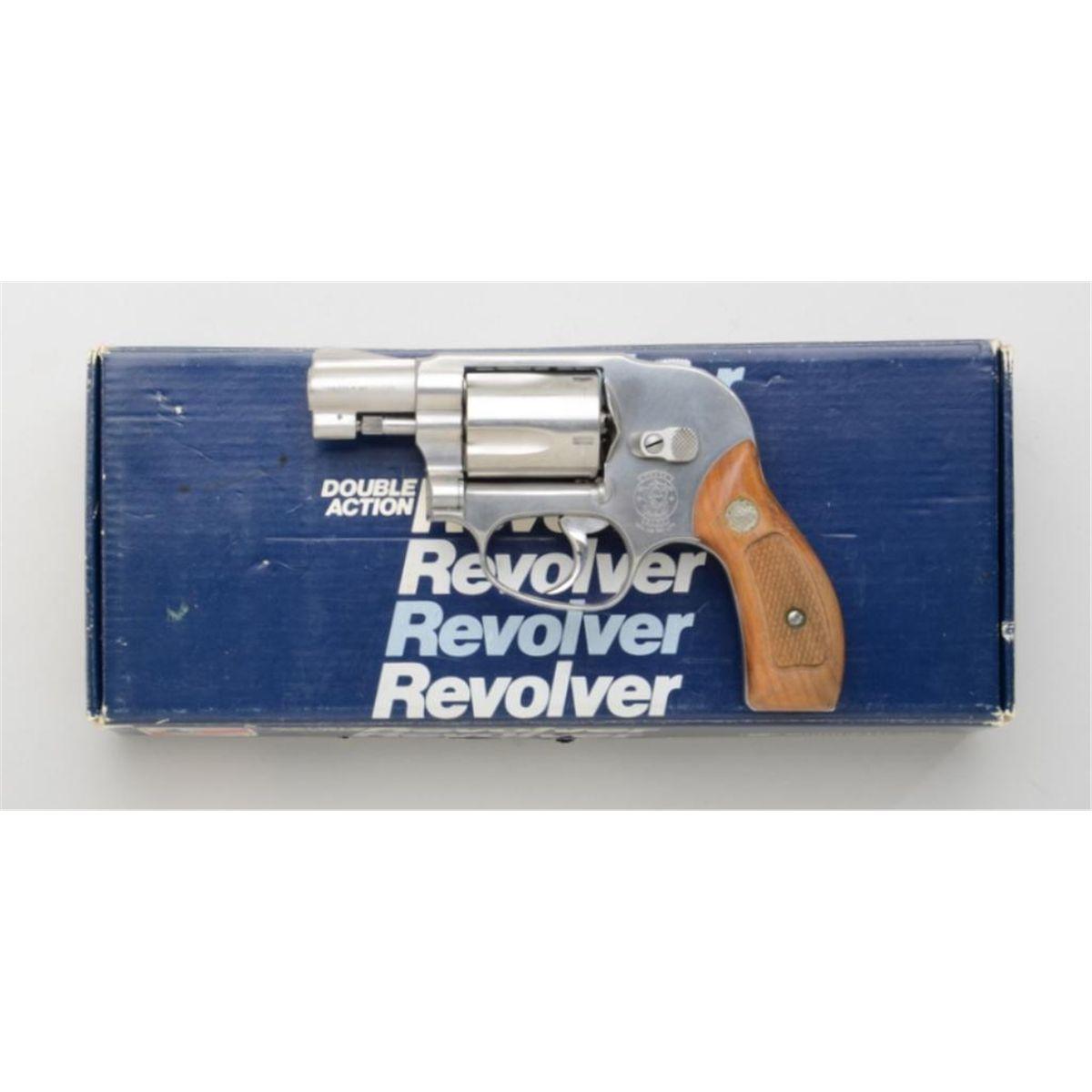 Smith & Wesson Model 649 DA concealed hammer revolver