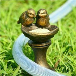 Lovebirds Hose Guard