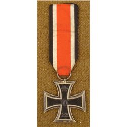 WWI IMPERIAL GERMAN EKII-IRON CROSS-ORIG-W/RIBBON 1914