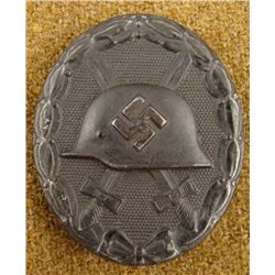 ORIGINAL BLACK NAZI WOUND BADGE W/SWASTIKA -EXCELLENT