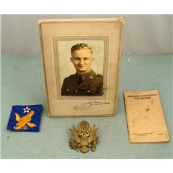WWII GI LOT 2ND AF PATCH OFFICERS CAP INSIGNIA PHOTO