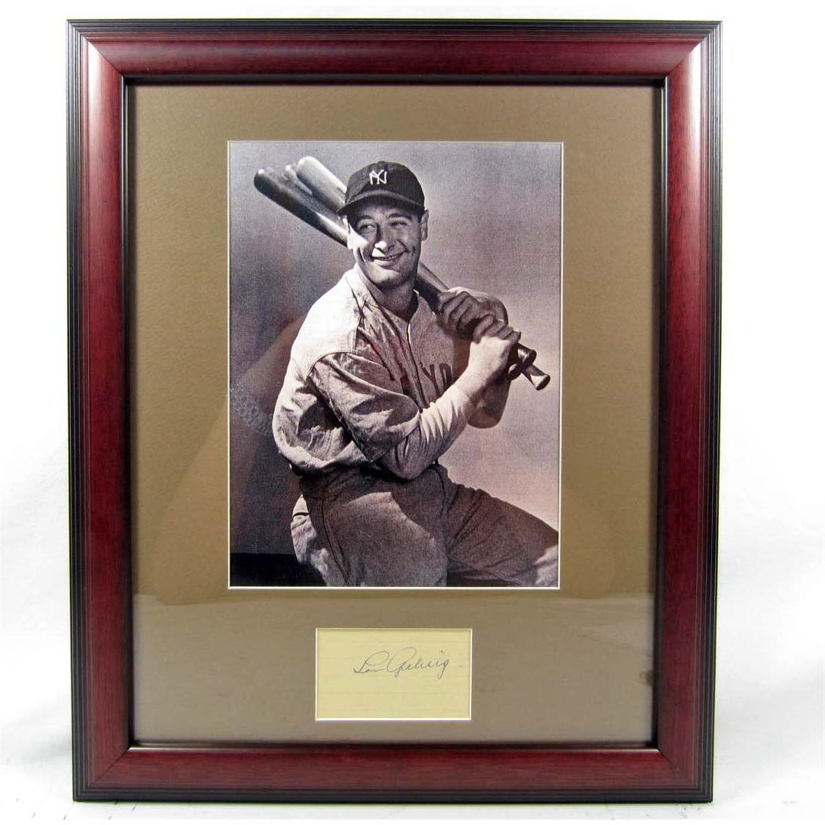 96dad776b Image 1 : LOU GEHRIG CUT SIGNATURE W/ PICTURE - FRAMED W/ COA ...