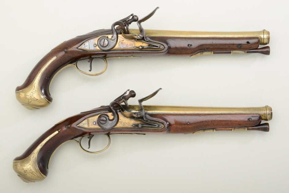 Important and museum quality pair of Revolutionary War