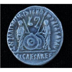 Augustus (27 BC - 14 AD) - AR-Denarius  Lugdunum, 2 BC-4 AD. Obv: Laur. head of Augustus r., CAESAR