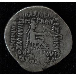 Vespasian (69-79 AD) - AE-20 Antioch, Syria 70 AD.  Obv: Laur. hd. l. Rev:  S C in laurel wreath. 7.