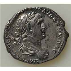 Trajan (98-117 AD) - AR-Denarius Rome  Obv: Laur. hd. r. IMP CAES NER TRAIAN OPTIM AVG GERM DAC   Re