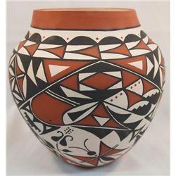 2009 Acoma Traditional Pottery - Clovis Garcia