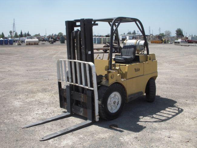 Yale G83P-070 Forklift