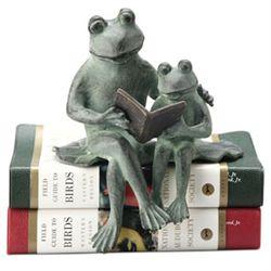 Reading Frogs Shelf Sitter
