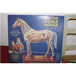 1961 VISIBLE HORSE BY RENWAL - MINOR DAMAGE - ORIG BOX