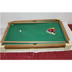TABLE MODEL POOL TABLE - COMPLETE 1969 ORIG. BOX