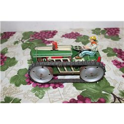 "8"" TRACK TRACTOR W/ DRIVER - WIND UP WORKS - MISSING ONE TRACK - MARX"