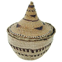 Klamath Lidded Basket